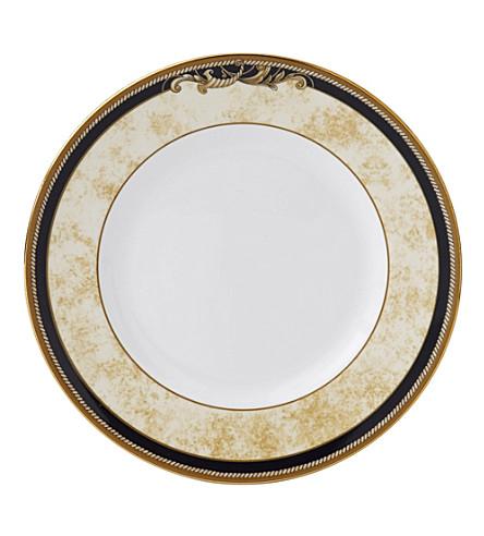 WEDGWOOD Cornucopia plate 18cm
