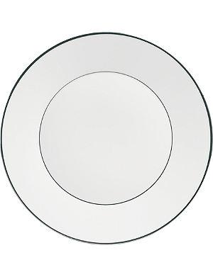 JASPER CONRAN @ WEDGWOOD Platinum plate 23cm