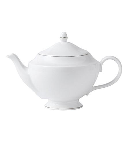 WEDGWOOD Signet Platinum teapot 1.2L