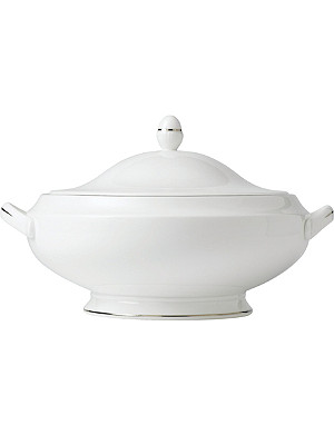 WATERFORD Signet Platinum covered vegetable dish