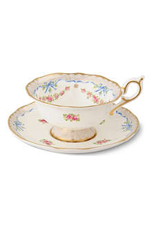WEDGWOOD Harlequin Collection Ribbon Rose teacup and saucer