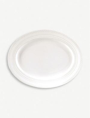 WEDGWOOD Intaglio small oval dish
