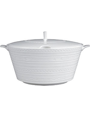 WEDGWOOD Intaglio soup tureen