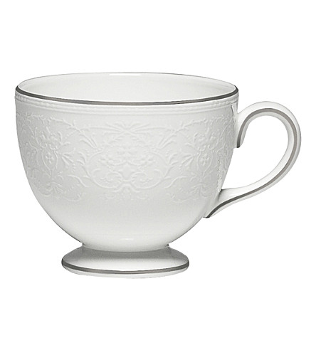 WEDGWOOD English lace teacup