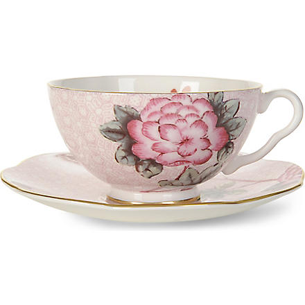 WEDGWOOD Cuckoo teacup and saucer pink