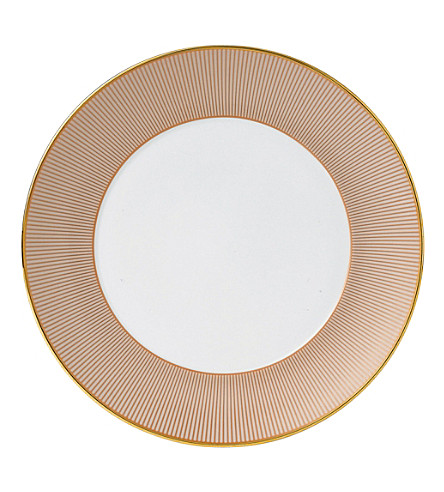 WEDGWOOD Palladian plate 21cm