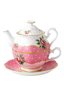 WEDGWOOD Cheeky Pink Vintage tea for one set