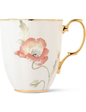 ROYAL ALBERT 1970 Poppy mug