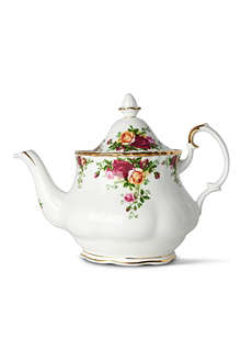 WEDGWOOD Old Country Roses teapot