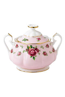 ROYAL ALBERT New Country Roses Pink covered sugar bowl 350ml