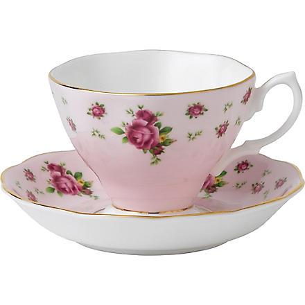 ROYAL ALBERT New Country Roses Pink teacup & saucer set