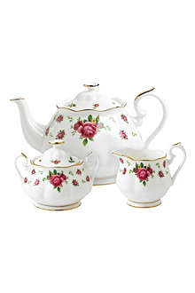 ROYAL ALBERT New Country Roses White three-piece tea set