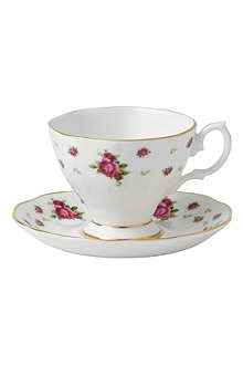 ROYAL ALBERT New Country Roses White espresso cup & saucer