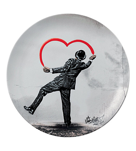 ROYAL DOULTON Nick Walker 'love vandal' plate 27cm