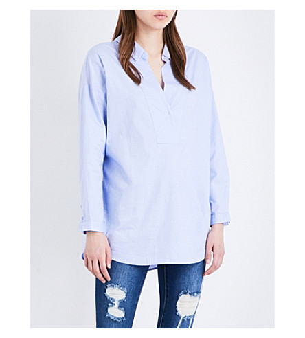 MO&CO. V-neck cotton shirt (Kentucky+blue