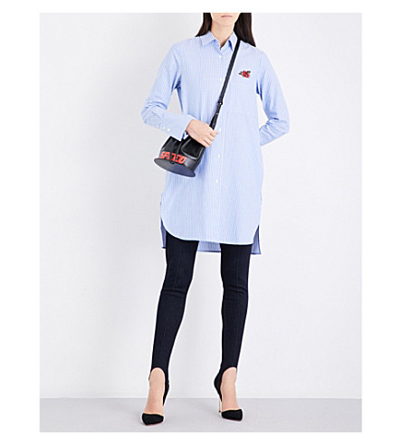 MO&CO.条纹玫瑰绣棉府绸上衣 (蓝 + 白