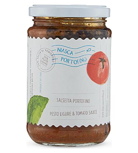CONDIMENTS & PRESERVES Tomato & pesto sauce 340g