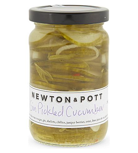CONDIMENTS & PRESERVES Gin pickled cucumber 260g
