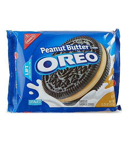 BISCUITS Peanut Butter Creme Oreo cookies