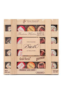 DUC d'O Chocolate liqueurs in wooden crate 250g