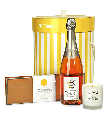 Selfridges selection pamper gift box selfridges selfridges selection pamper gift box negle Image collections