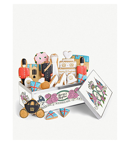 BISCUITEERS Royal Wedding biscuit gift box