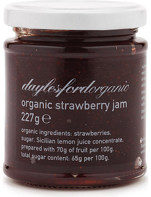 DAYLESFORD Organic strawberry jam 227g