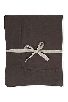 DAYLESFORD Cooper tablecloth