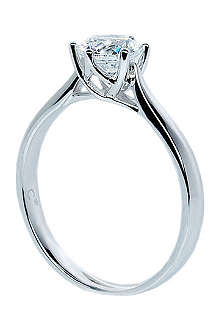CARAT 2kt white gold solitaire ring