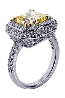 CARAT Princess 3ct yellow border set ring