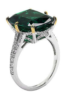 CARAT Grand emerald 8ct sterling silver ring
