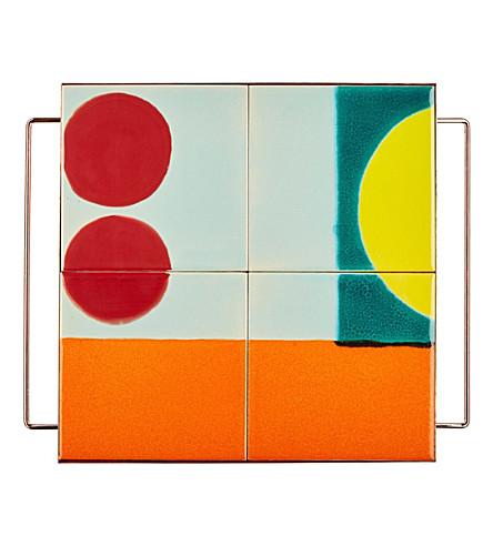 THE CONRAN SHOP Circle pedestal tile tray 30 cm x 30 cm