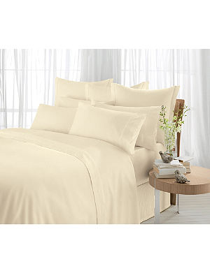 SHERIDAN 600 Thread Count square pillowcase