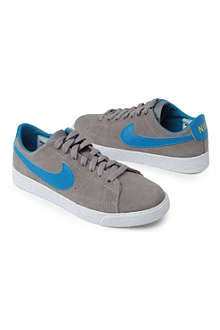 NIKE Blazer trainers 8-12 years
