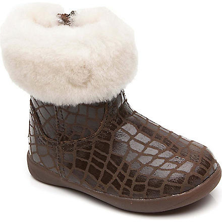 UGG Jorie croc-print sheepskin boots 2-5 years (Brown