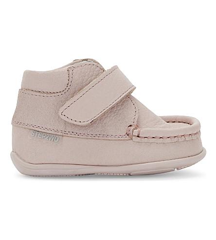 STEP2WO Fion2 皮革靴子 6 月 (Palpnkleath