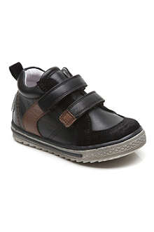 STEP2WO Rossi velcro strap trainers 1-4 years