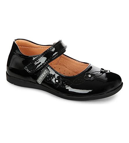 STEP2WO 哈利玛·恩巴雷克·瓦尔扎齐漆皮鞋4-7 年 (黑 + 专利