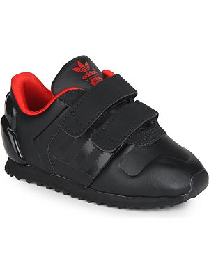 ADIDAS Star Wars Darth Vader trainers 2-5 years