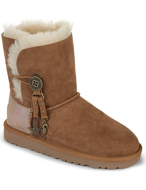 UGG Bailey charm boots 7-11 years