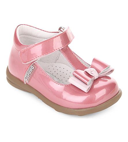 STEP2WO 鹅卵石粉红色漆皮鞋1-3 年 (粉红色 + 专利