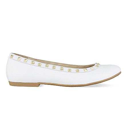 STEP2WO 广场2皮革镶嵌芭蕾芭蕾舞高跟鞋 (白 + 专利