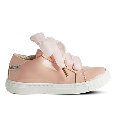 STEP2WO Royalty velvet-lace patent trainers (Palpnkpat