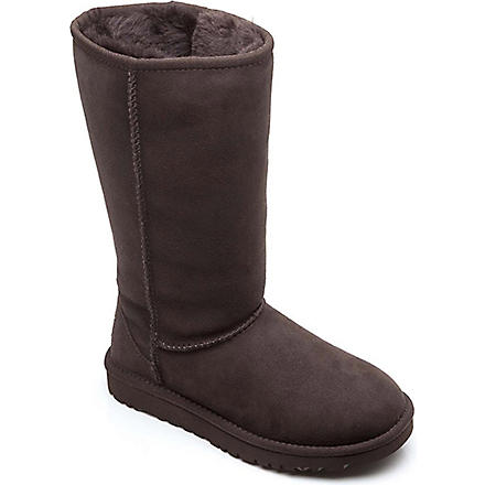UGG Classic tall boots sizes UK 12 (kids)-UK 5 (adult) (Brown