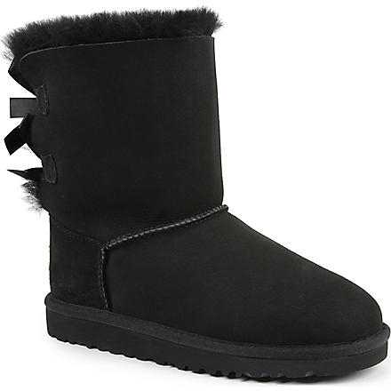 UGG Ribbon back boots (Black