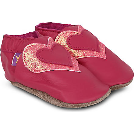STARCHILD Glitter heart pram shoes 6 months - 1 year (Fuchsia