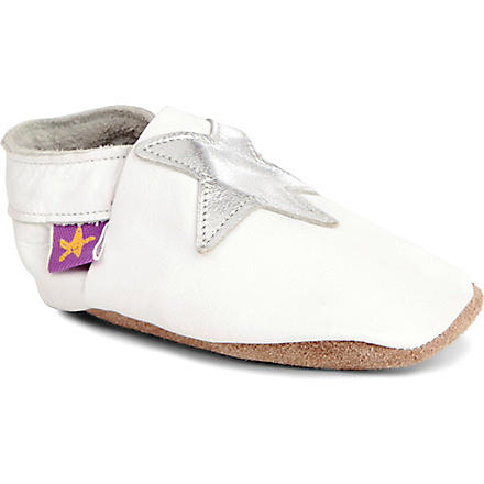 STARCHILD Star pram shoes 6 months (White