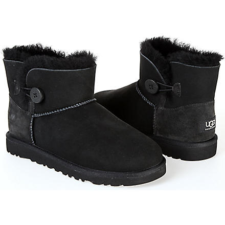 UGG Mini Bailey Button boots sizes UK 5 (kids)-UK 6 (adult) (Black