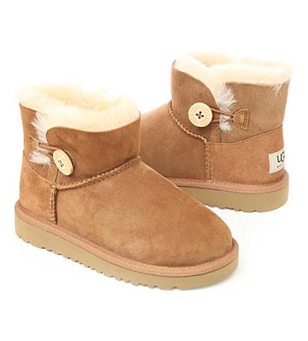 UGG Mini Bailey Button boots sizes UK 5 (kids)-UK 6 (adult) (Tan