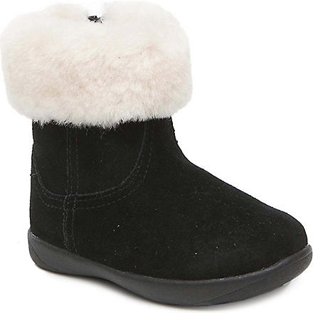 UGG Jorie unisex sheepskin boots 2-5 years (Black